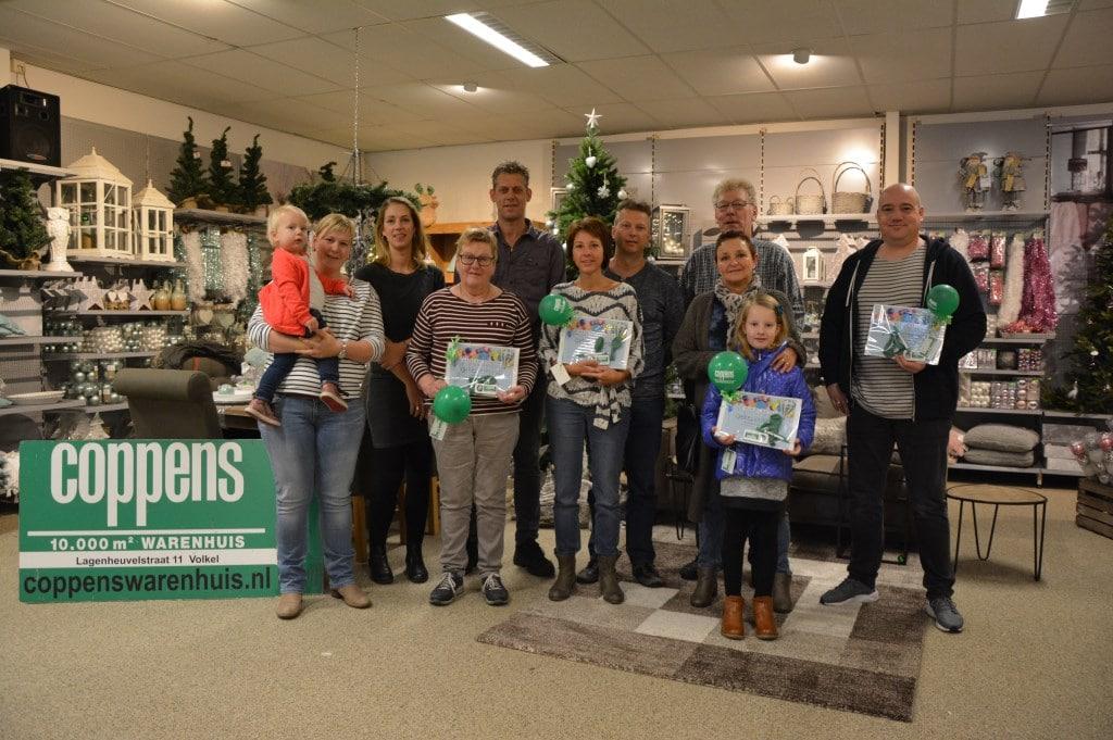 Coppens feliciteert prijswinnaars met ballonvaart