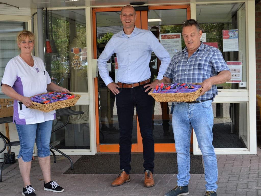Ondernemersvereniging OVV steekt zorgmedewerkers uit Volkel een hart onder de riem!